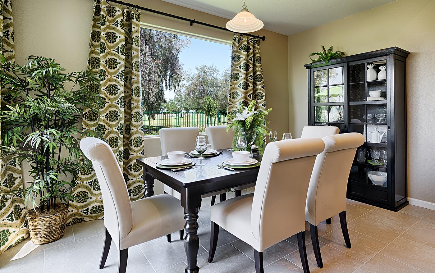 Augusta dining nook oakmont at the greens hanford dzzzfo
